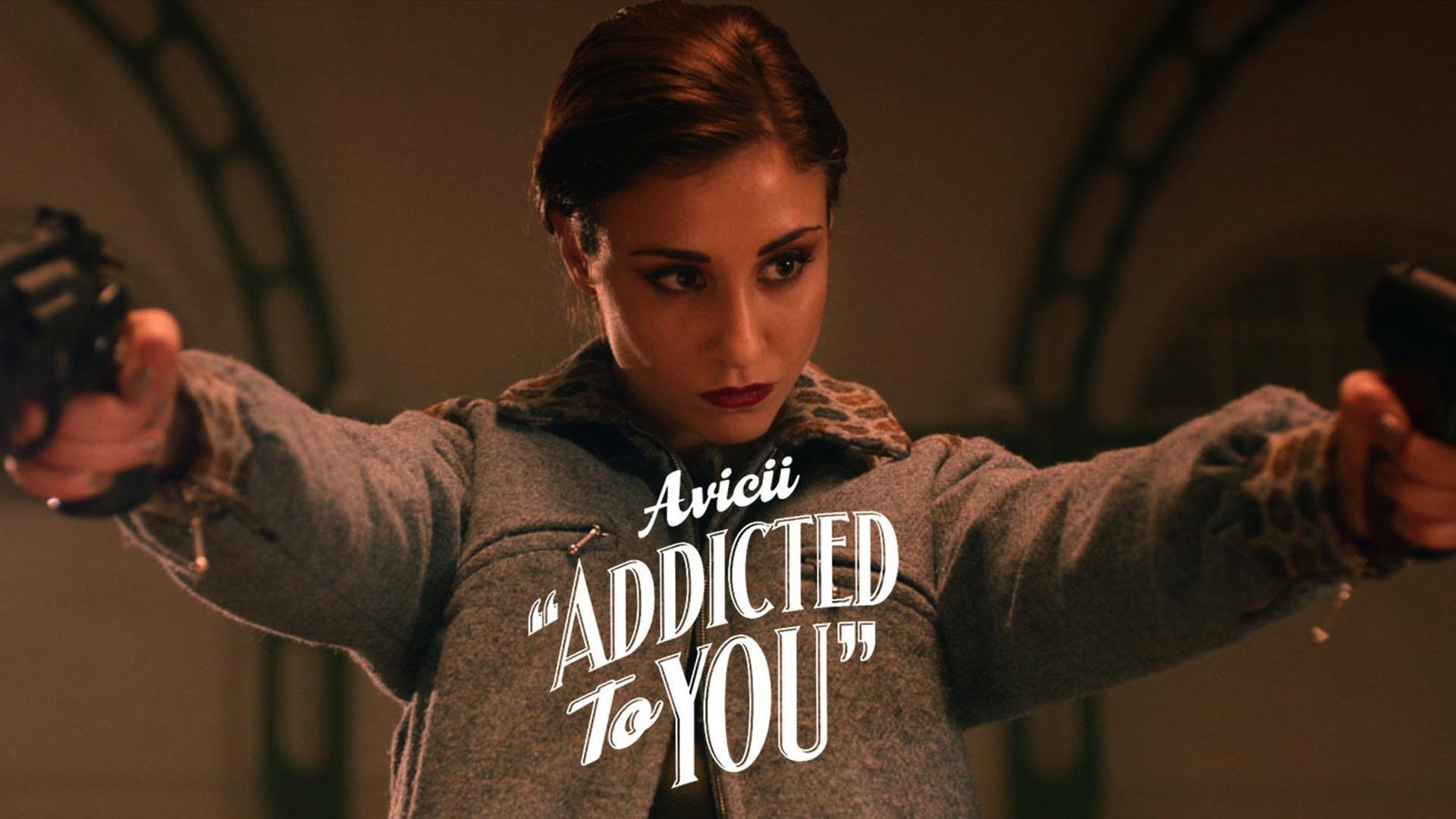 Avicci Addicted to you lesbians