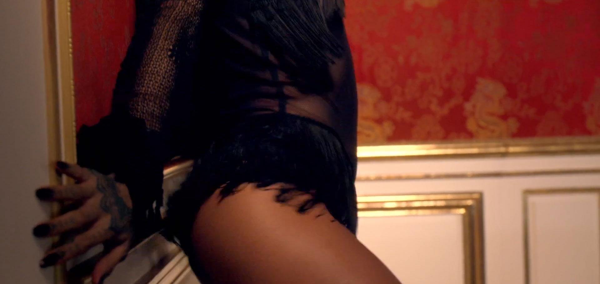 Rihanna Cant Remember To Forget You05, Hay una lesbiana en mi sopa