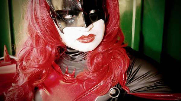 Batwoman YutarnaThetys, Hay una lesbiana en mi sopa