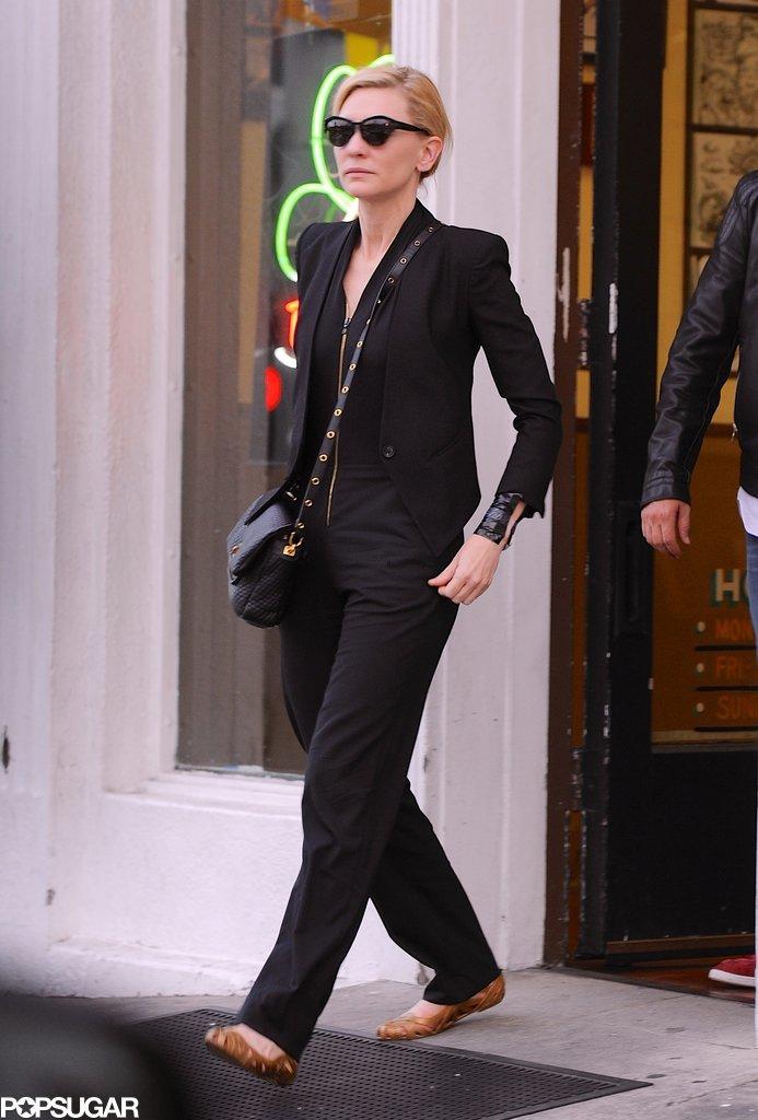 Cate-Blanchett-Amy-Adams-Getting-Tattoos-After-Oscars (1)