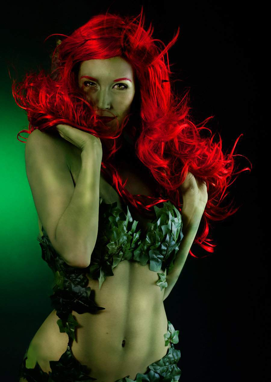 Poison Ivy 5 Shut Up And Duel Me, Hay una lesbiana en mi sopa