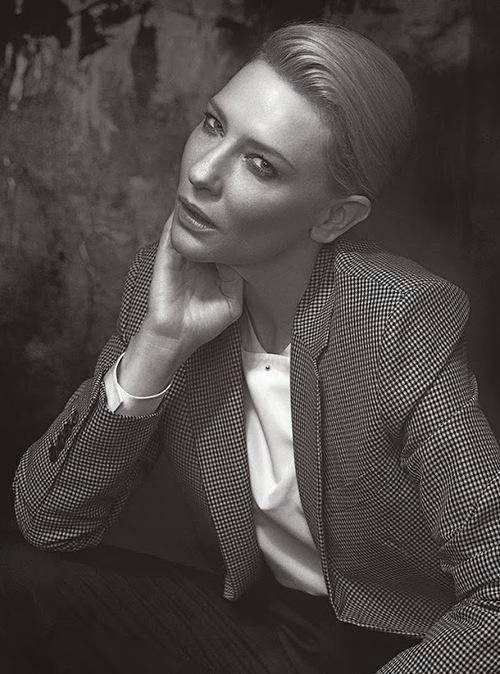 Cate Blanchett posa para el Vogue italiano.