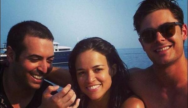 Michelle Rodríguez no es lesbiana, y se desfasa en su