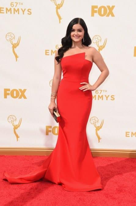 ariel winter - La increíble alfombra roja de los Emmys 2015