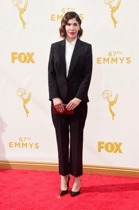 caarrie brownstein - La increíble alfombra roja de los Emmys 2015