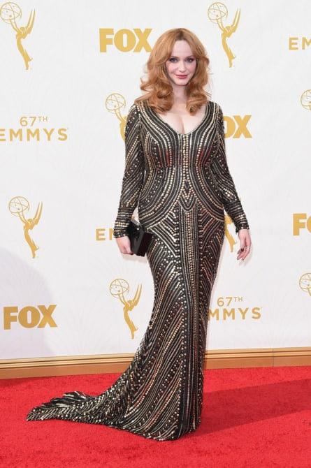 christina hendricks - La increíble alfombra roja de los Emmys 2015