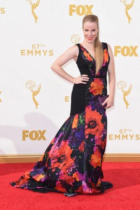emma myles - La increíble alfombra roja de los Emmys 2015