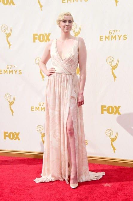 gwendoline christie - La increíble alfombra roja de los Emmys 2015