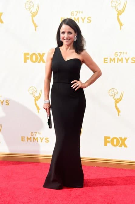 julia louis dreyfus - La increíble alfombra roja de los Emmys 2015