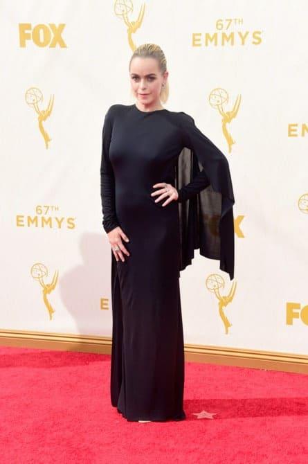 taryn manning - La increíble alfombra roja de los Emmys 2015