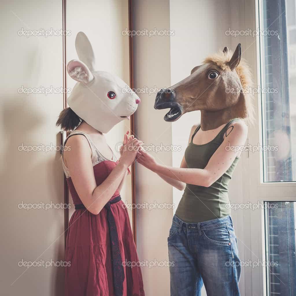 horse-mask-lesbian-couple