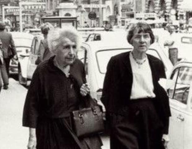 Anna-Freud-y-Dorothy-Burlingham.jpg