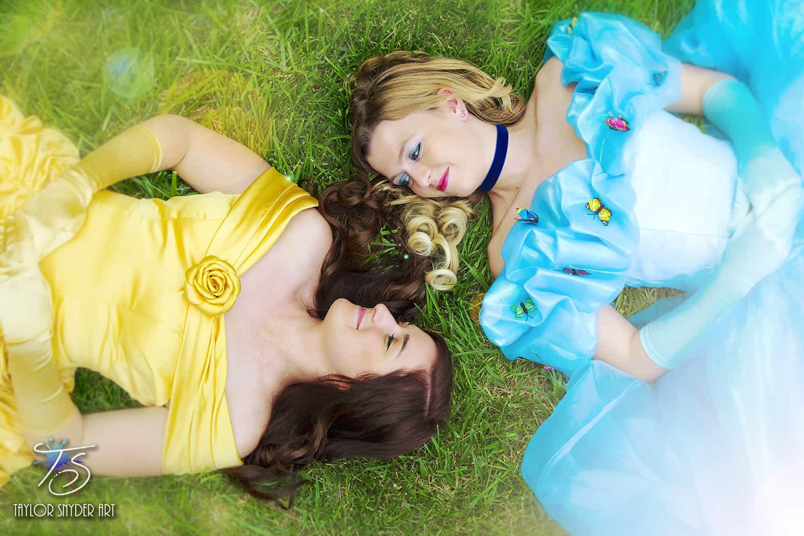 lesbian-disney-wedding3