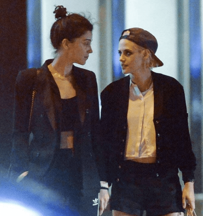 Kristen Stewart y St. Vincent 2 - 50 besos lésbicos de 50 películas lésbicas (más o menos)