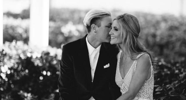 La futbolista Abby Wambach se casa con su novia, Glennon Doyle Melton