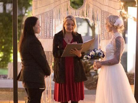 Ésta es la primera pareja que se casa legalmente en Australia, aunque no con una ley de matrimonio