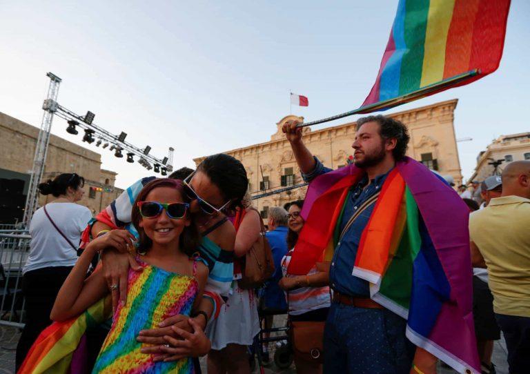 Malta aprueba el matrimonio igualitario para todos sus habitantes
