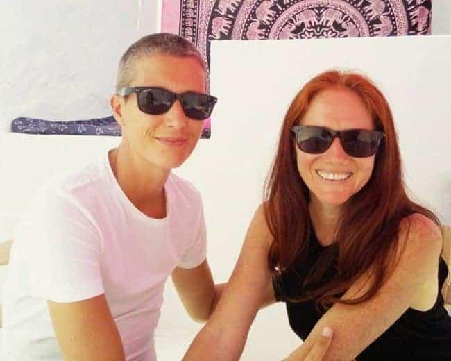 Esta pareja planea casarse en todos los países con matrimonio igualitario
