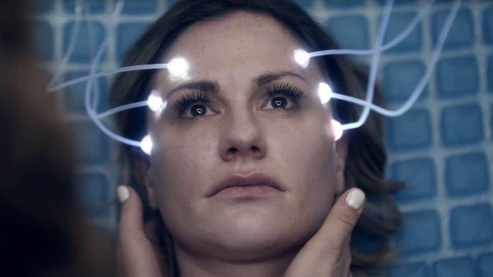 anna paquin - Anna Paquin, una policía lesbiana en 'Philip K. Dick's Electric Dreams'