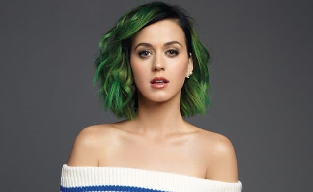 """katy perry - Katy Perry: """"Si tuviera que escribir ahora 'I kissed a girl', lo haría de otra manera"""""""