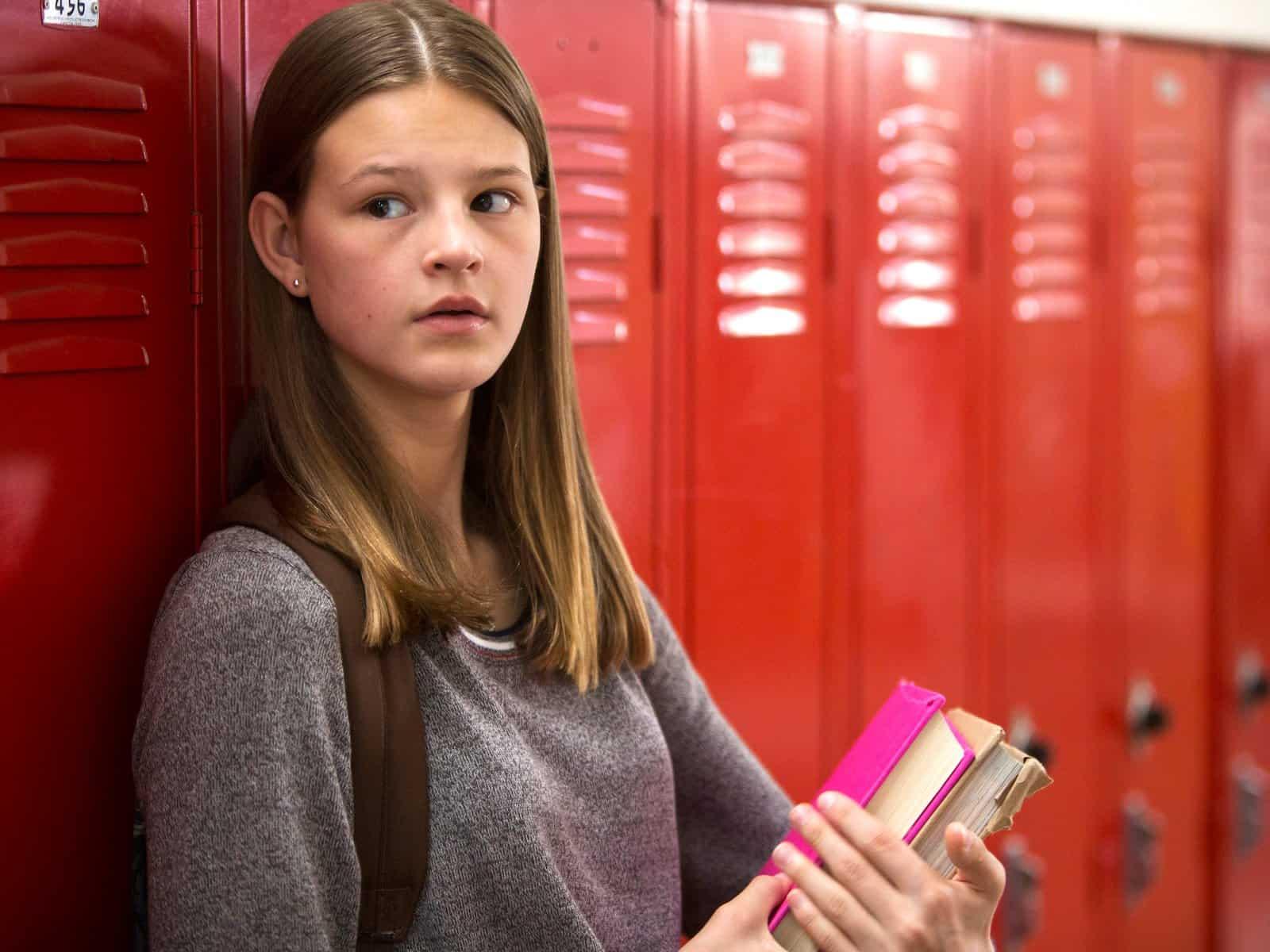 Kate Messner Everything Sucks Netflix , Hay una lesbiana en mi sopa