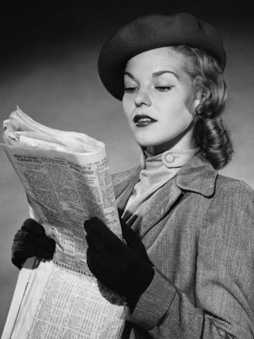 Woman Reading Newspaper, Hay una lesbiana en mi sopa