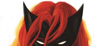 Kat Barrell como Batwoman