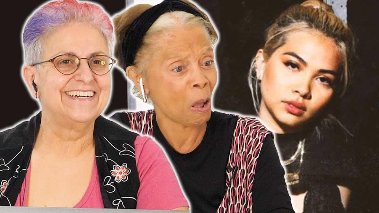 Lesbianas mayores conocen a Hayley Kiyoko