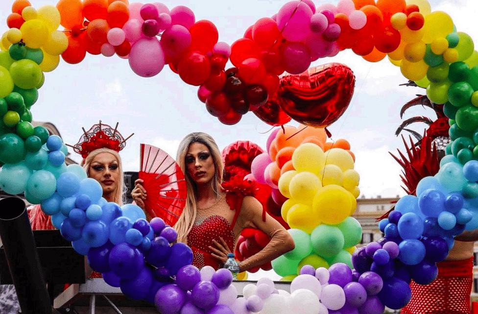 orgullo roma 10 - Las fotografías de la reivindicativa marcha del Orgullo LGTB en Roma