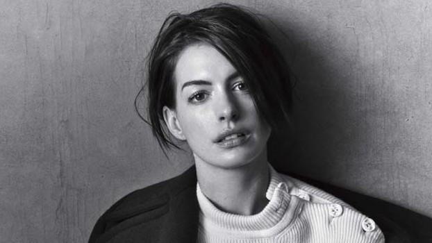 Anne Hathaway 2, Hay una lesbiana en mi sopa