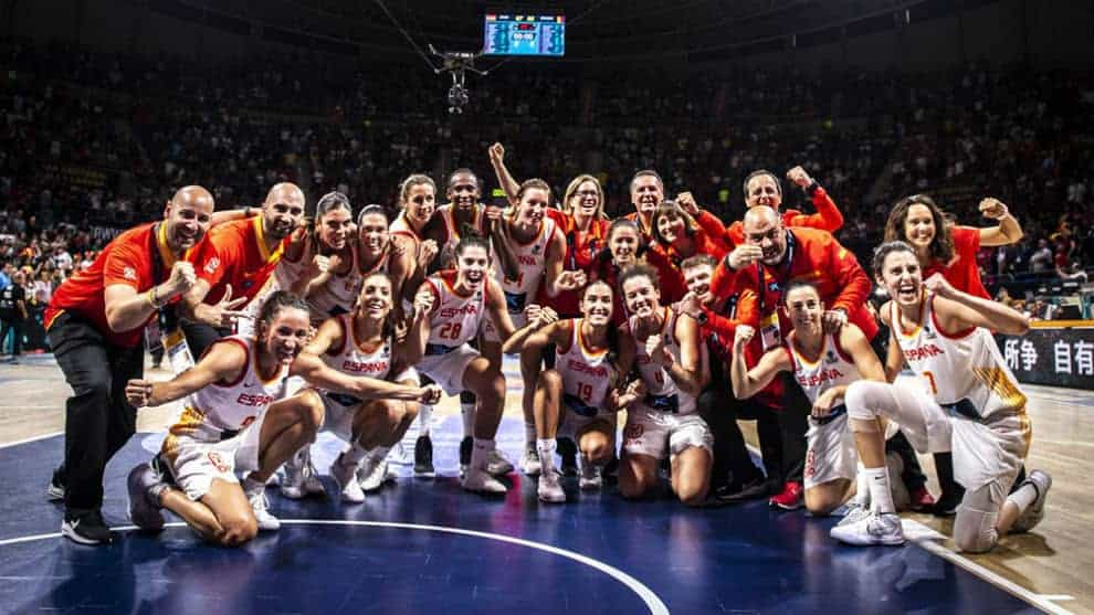 15383348376846 - Esta selección española de baloncesto nos tiene living