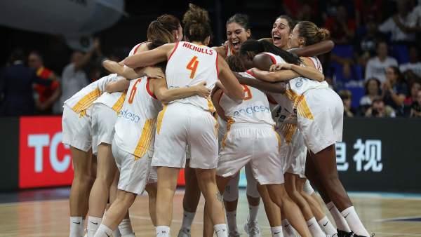 792825 600 338 - Esta selección española de baloncesto nos tiene living