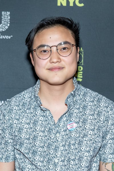 Leo Sheng, Hay una lesbiana en mi sopa