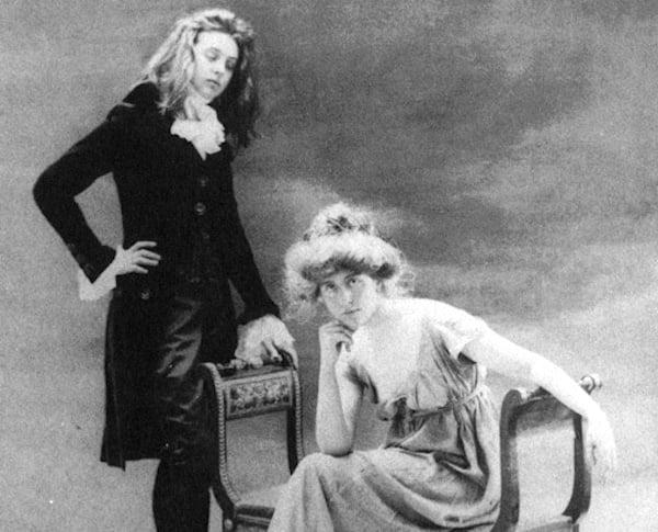 Natalie y Renée