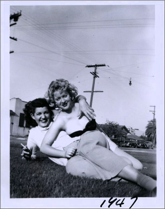 Lesbian Vintage 12, Hay una lesbiana en mi sopa