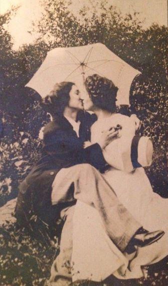 Lesbian Vintage 14, Hay una lesbiana en mi sopa