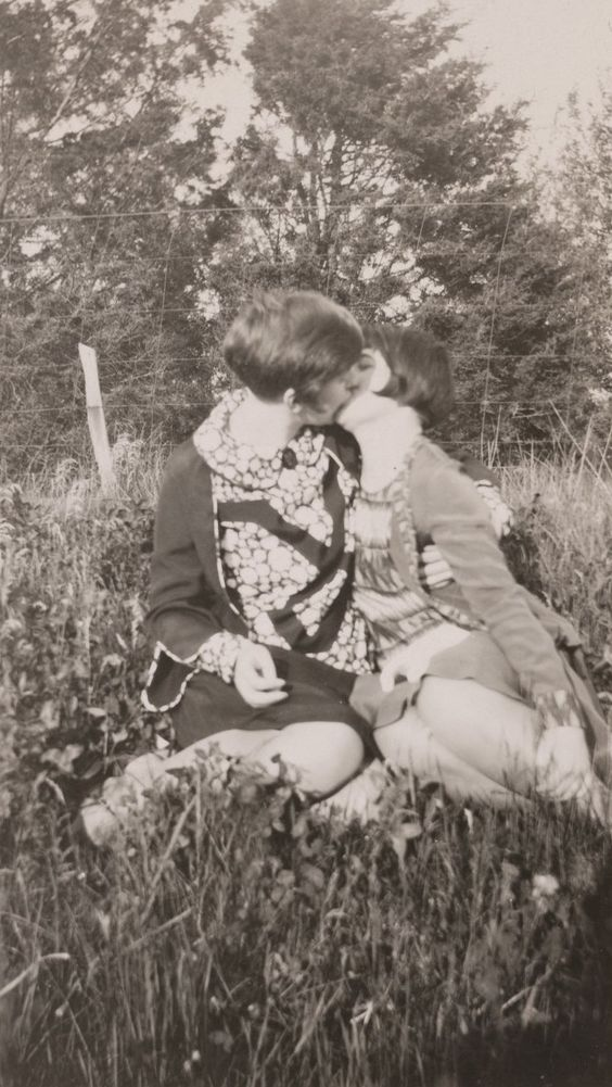 Lesbian Vintage 16, Hay una lesbiana en mi sopa