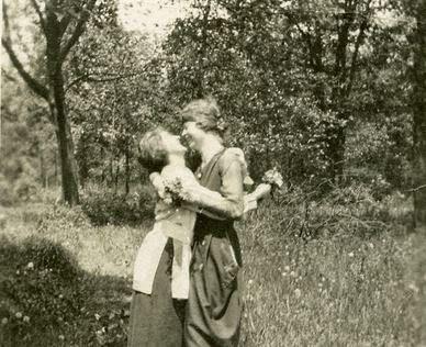 Lesbian Vintage 19, Hay una lesbiana en mi sopa