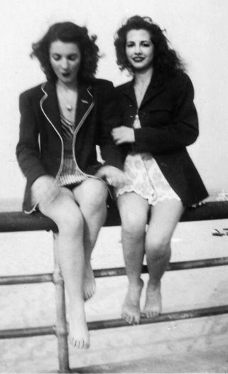 Lesbian Vintage 9, Hay una lesbiana en mi sopa